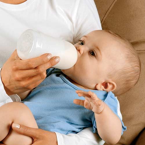 غذا دادن بچه